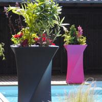 Design Pots and Planters