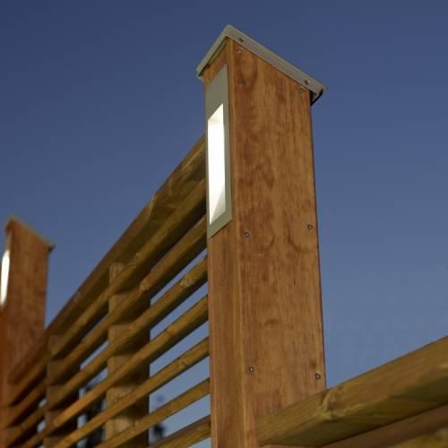 luminaire bois design h 2m00 vente luminaire bois. Black Bedroom Furniture Sets. Home Design Ideas