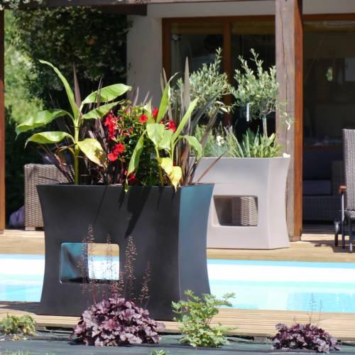 jardini re design 100x45 x h80cm noir vente. Black Bedroom Furniture Sets. Home Design Ideas