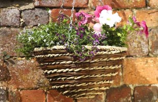 Hanging basket Weaved