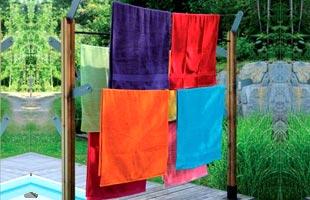 Wooden clothe line