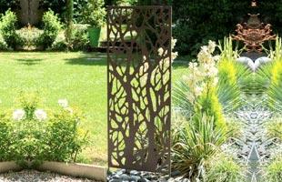 Decorative Trellis in Metal